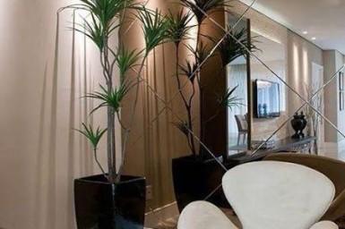 Espelho valoriza seu hall de entrada, fica a dica!!